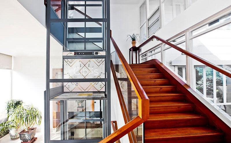 如何实现别墅楼梯改造电梯井的方案